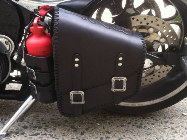 Custom Tooled Solo Bag w/Fuel Cell