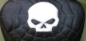skull sissy pad